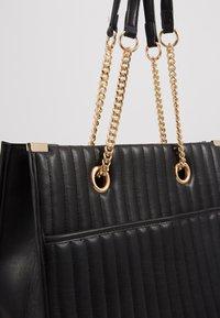 New Look - HUGO QUILTED TOTE - Tote bag - black - 5