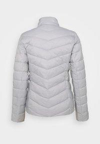 Barbour International - AUBERN QUILT - Jas - ice white - 1