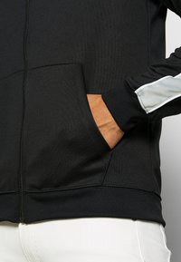Nike Sportswear - HOODIE - Training jacket - black/lt smoke grey/white - 5