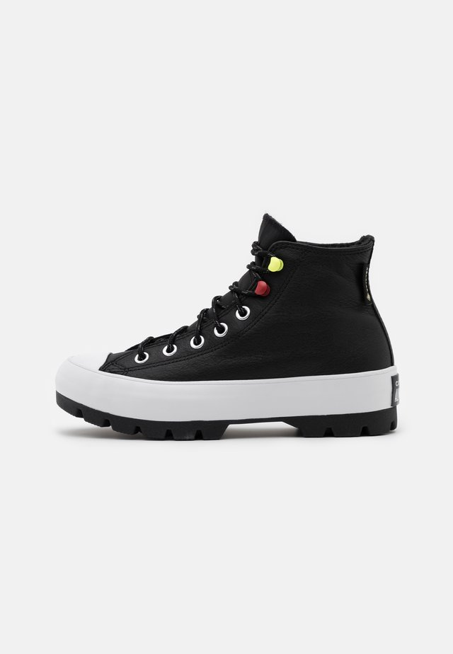 CHUCK TAYLOR ALL STAR MC LUGGED - High-top trainers - black/white