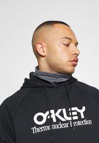 Oakley - HOODY - Hoodie - blackout - 3