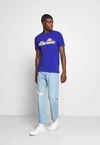 Ellesse - PRADO - Print T-shirt - blue - 1