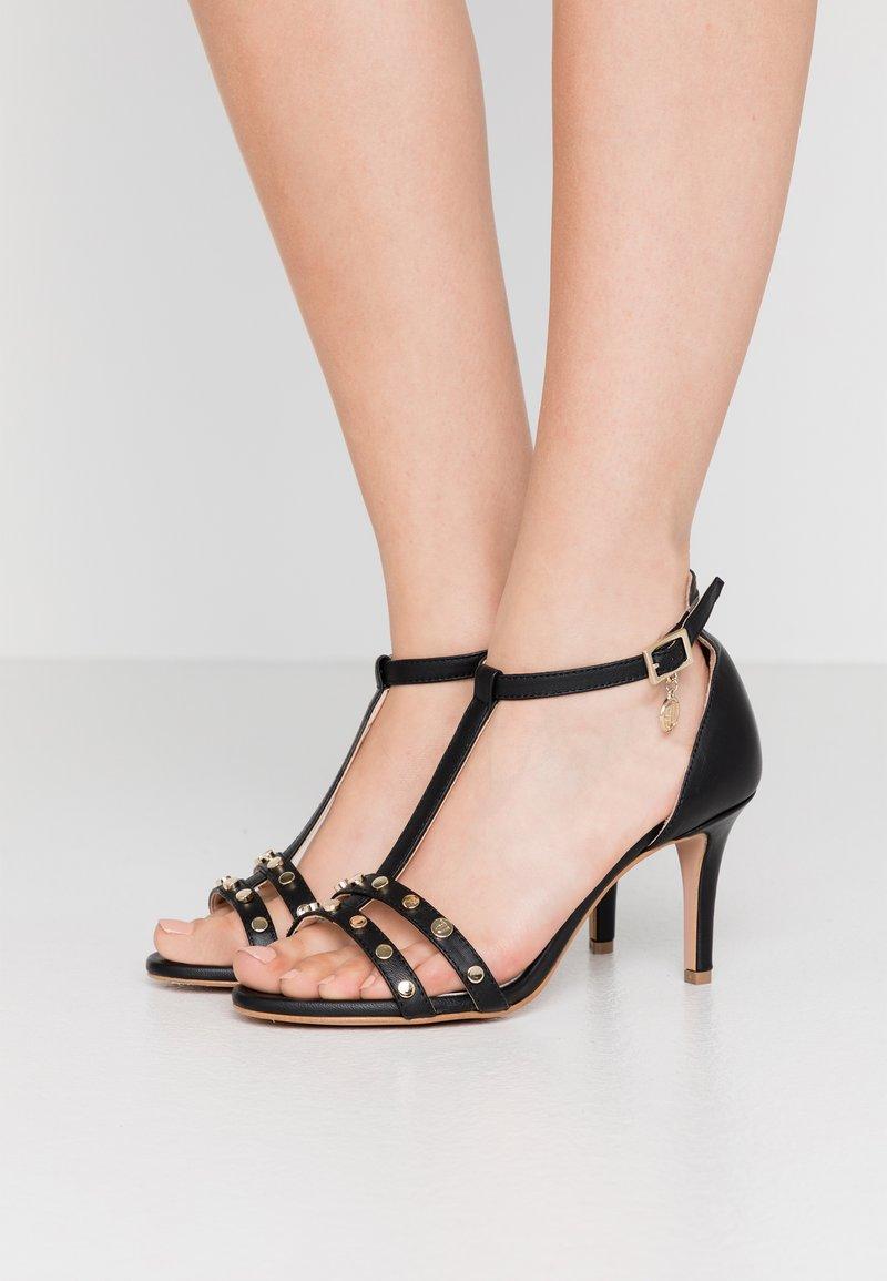 Trussardi - Korolliset sandaalit - black