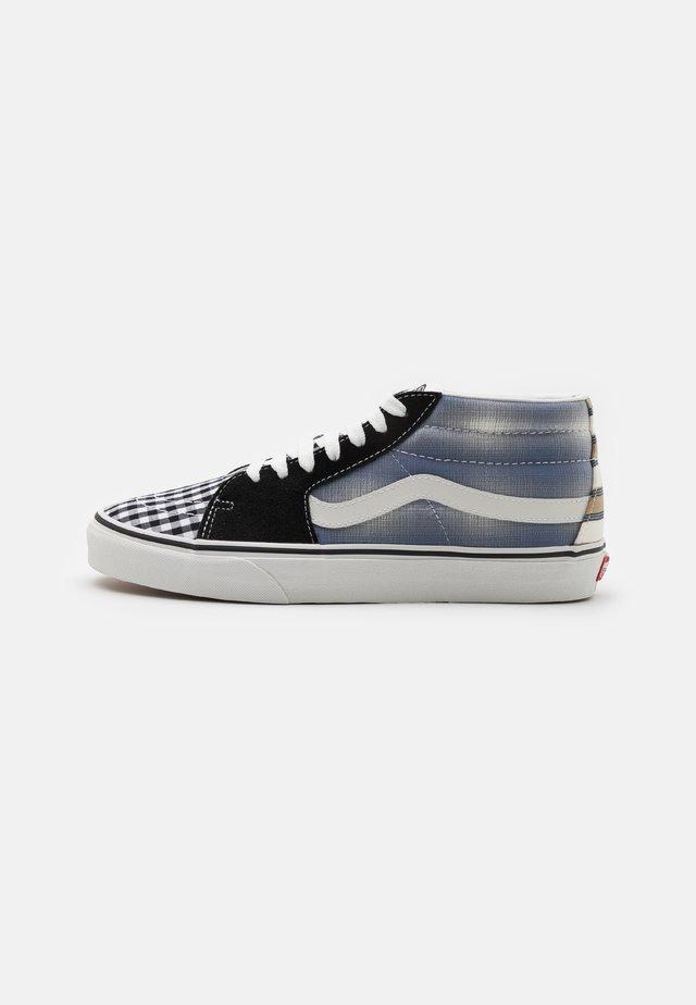 SK8-MID UNISEX - Zapatillas altas - blanc de blanc