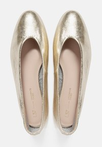 L37 - TELL ME ABOUT IT - Ballerinat - gold - 3