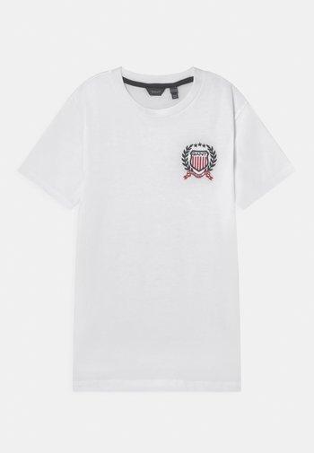 MEDIUM CREST - Print T-shirt - white