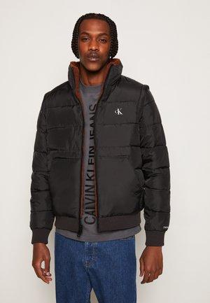 REVERSIBLE POLAR JACKET 2-IN-1 - Light jacket - black