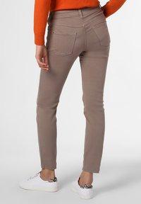 MAC Jeans - Trousers - kitt - 1