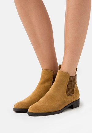 Ankle boots - safron
