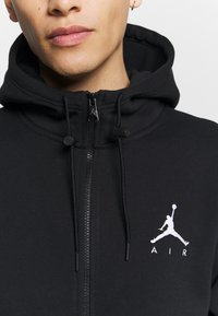 Jordan - JUMPMAN AIR - Felpa aperta - black/white - 5