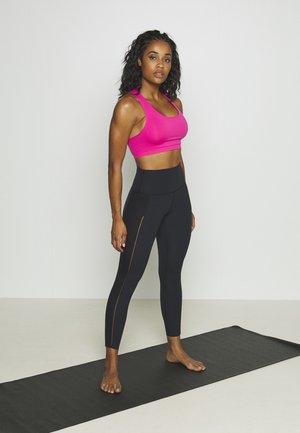 SEAMLESS 2 PACK - Sports-BH-er med lett støtte - neon pink/black