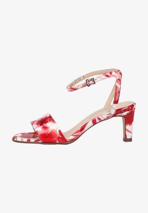 Sandals - arosa