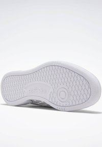 Reebok Classic - CLUB C REE:DUX SHOES - Zapatillas - white - 3