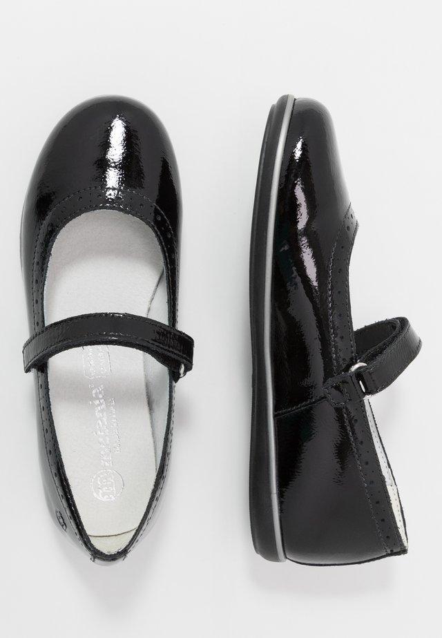 Ballerine con cinturino - black