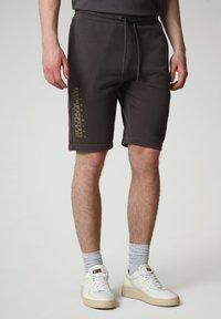 Napapijri - NALLAR - Shorts - dark grey solid - 0