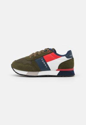Sneakers basse - military green