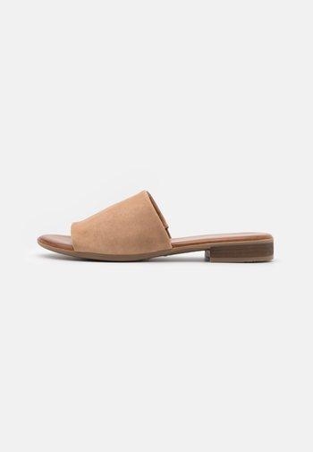 LEATHER - Sandaler - beige