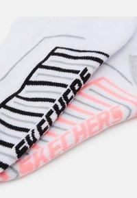 Skechers - BASIC CUSHIONED SNEAKER 2 PACK - Trainer socks - white - 1