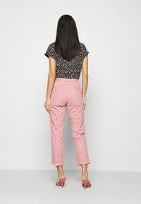 Marks & Spencer London - Chinos - light pink - 2