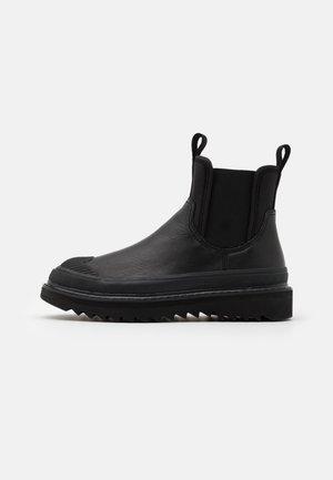 SHIROKI H-SHIROKI CH - Classic ankle boots - black