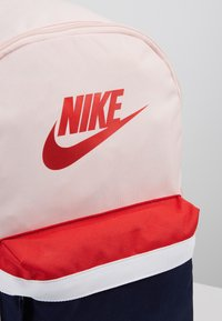 Nike Sportswear - HERITAGE UNISEX - Reppu - echo pink - 6