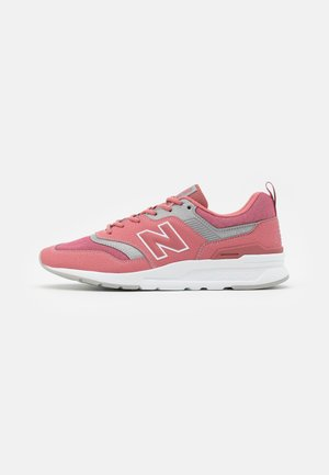 997 - Trainers - pink