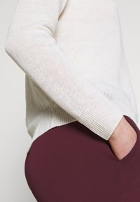 WEEKEND MaxMara - CANARIE - Pullover - weiss - 6
