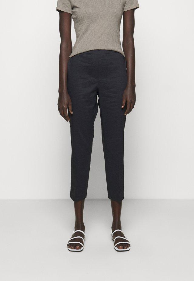 TREECA PULL - Pantalones - concord