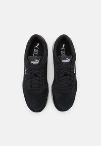 Puma - ST RUNNER UNISEX - Sneakersy niskie - black - 3