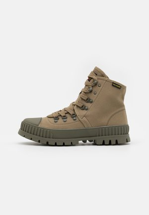PALLASHOCK HI UNISEX - Lace-up ankle boots - dusky green