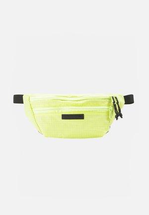 HIP PACK UNISEX - Sports bag - limeade