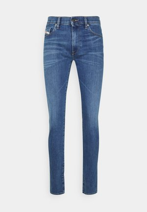Straight leg jeans - 09a80