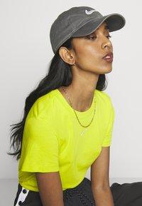 Nike Sportswear - WASH UNISEX - Cap - iron grey - 4