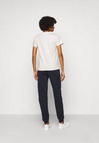 Fiorucci - WOODLAND VINTAGE ANGELS TEE  - Print T-shirt - white - 2