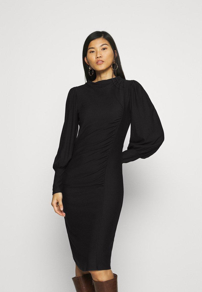 Gestuz - RIFAGZ PUFF DRESS - Day dress - black