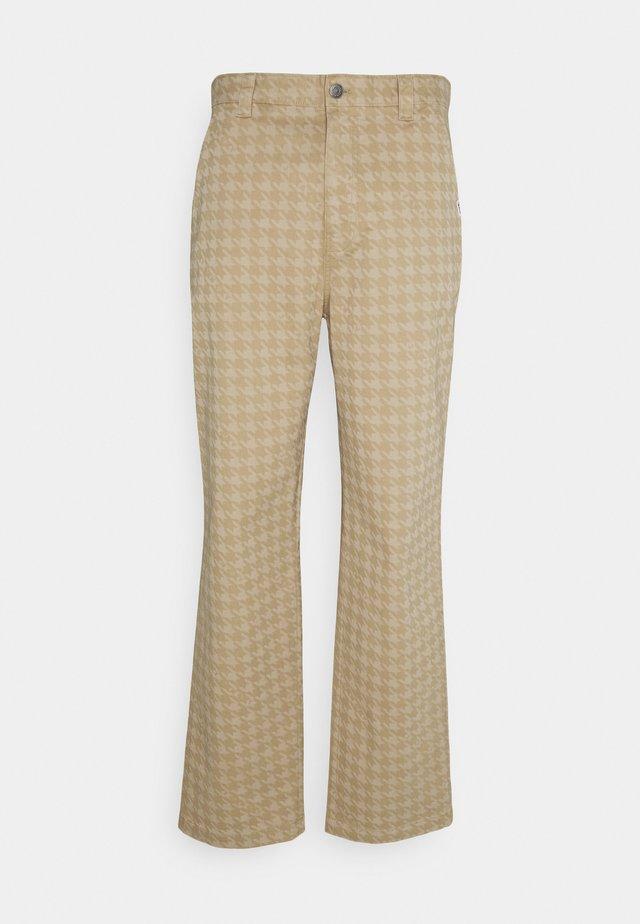 Pantalon classique - classic khaki