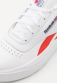 Reebok Classic - LEGACY COURT UNISEX - Baskets basses - white/red/blue - 5