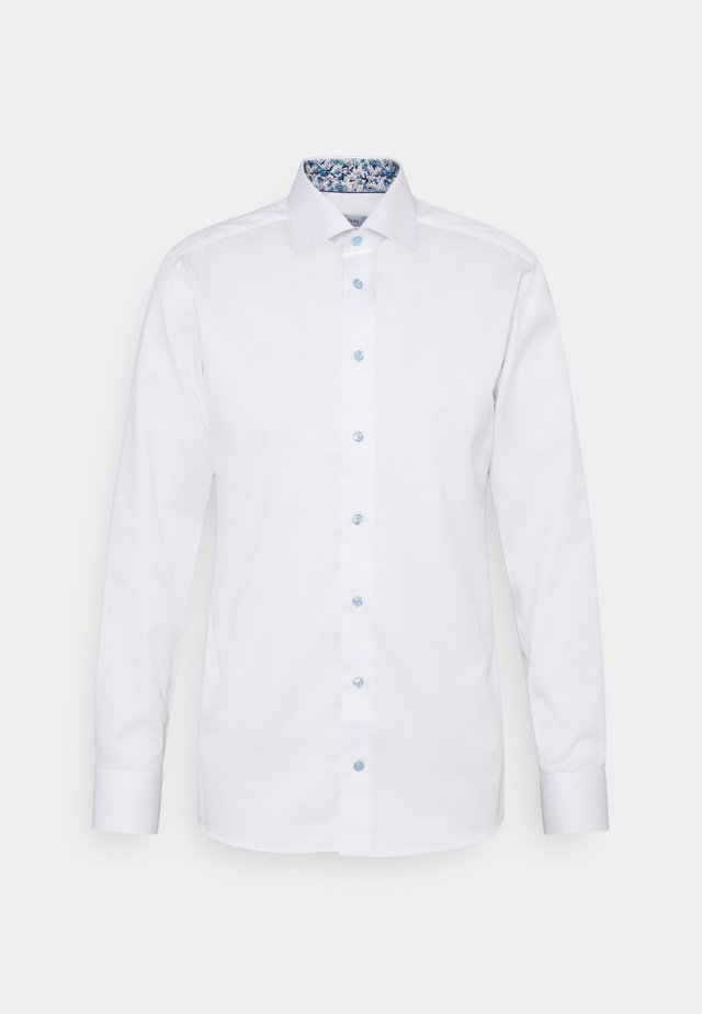SIGNATURE SHIRT - Formal shirt - white