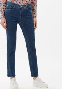 BRAX - STYLE CAROLA - Slim fit jeans - clean regular blue - 0