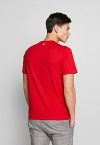 Lacoste - TH8602-00 - Print T-shirt - red - 2