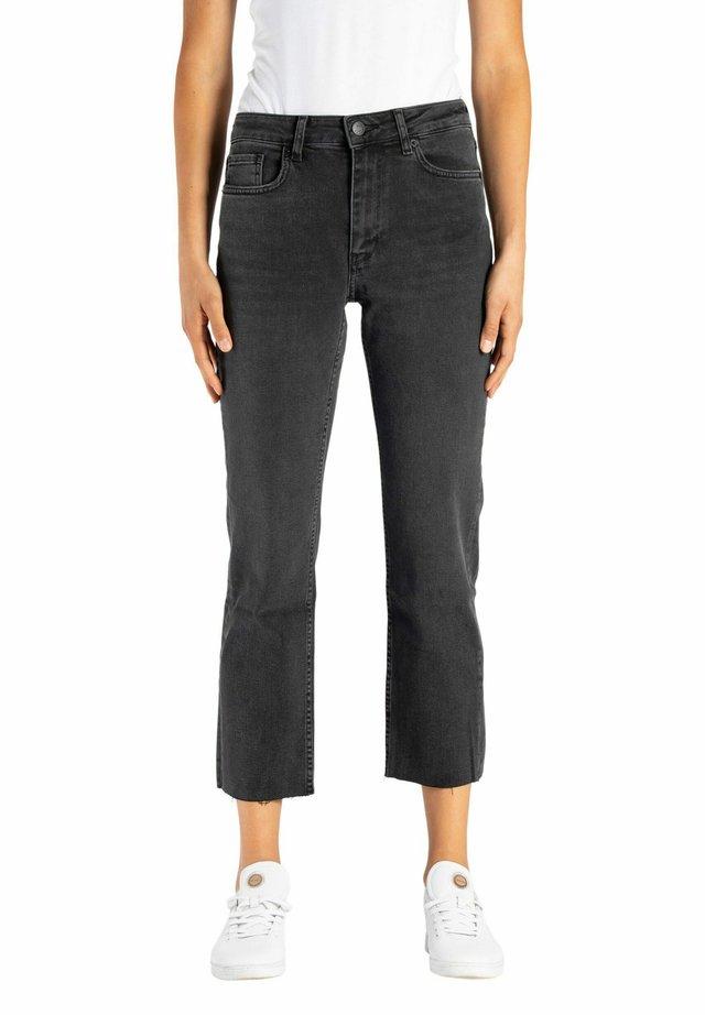 LUNA  - Straight leg jeans - black