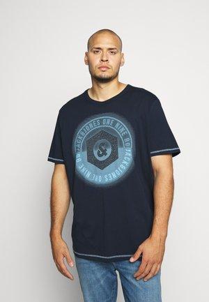 JCOLOGO UNIVERSE TEE CREW NECK - T-shirt imprimé - sky captain