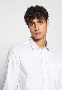 s.Oliver - Shirt - white - 3
