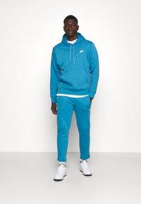 Nike Sportswear - PANT  - Spodnie treningowe - dutch blue - 1
