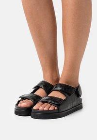 ARKET - FLAT SANDALS - Sandals - black - 0