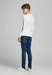 Jack & Jones Junior - Long sleeved top - white - 2