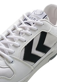 Hummel Hive - POWER PLAY VEGAN ARCHIVE - Sneakersy niskie - white/anthracite - 5