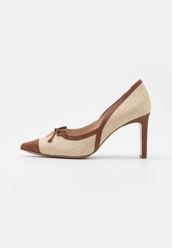 LILETTE - Classic heels - natur