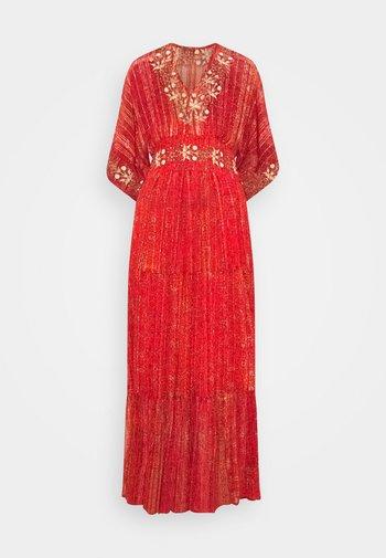 PORTLAND - Maxiklänning - red