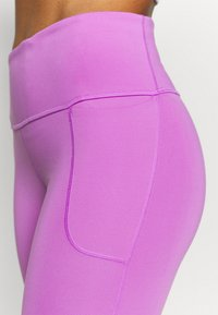 Under Armour - RUSH LEGGING - Medias - exotic bloom - 5